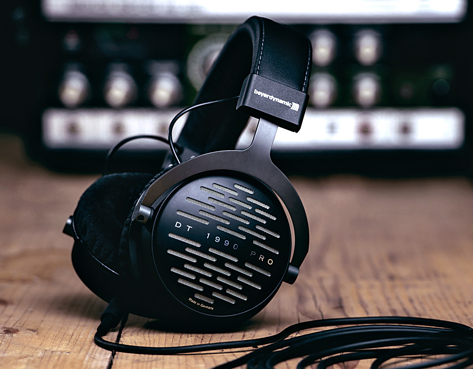 Flagship Innovations Trickle Down to the beyerdynamic DT 1990 Pro +